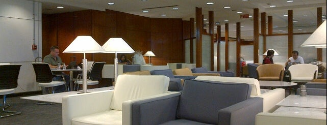 United Club is one of Aeroporto de Guarulhos (GRU Airport).