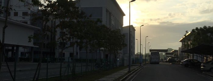 Politeknik Banting Selangor (PBS) is one of Learning Centers,MY #5.