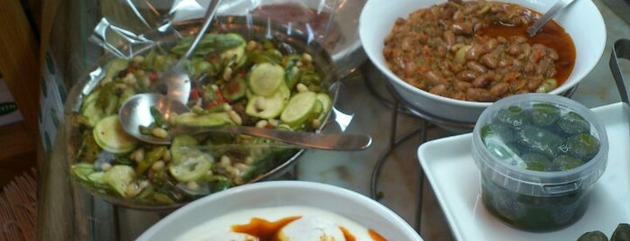 Kantin Bebek is one of Best Vegetarian Restaurants in Istanbul.