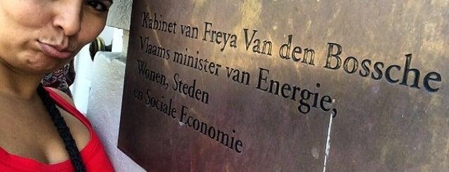 Kabinet Freya Van den Bossche is one of Work.
