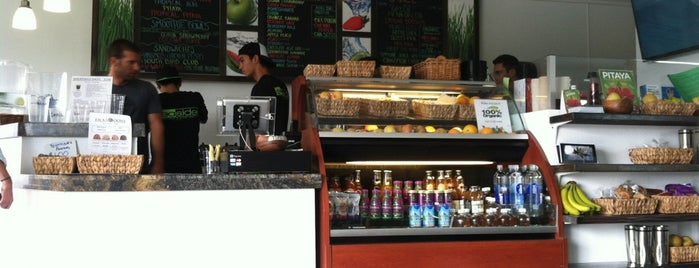 Seaside Smoothie & Juice Bar is one of SD: Food & Drinks.