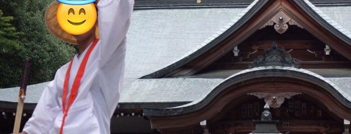 石鈇山 金色院 前神寺 (第64番札所) is one of 四国八十八ヶ所霊場 88 temples in Shikoku.