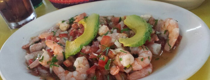 El Oasis Mariscos is one of Restaurantes en los que he comido!!!.