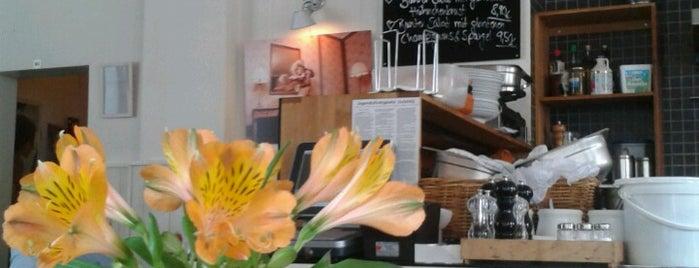 Café Jakubowski is one of Köln.