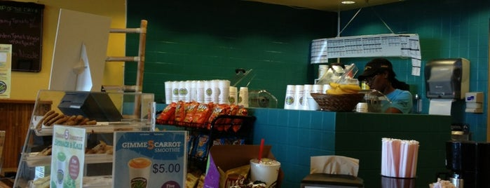 Tropical Smoothie Cafe is one of Destination: 17th Street.