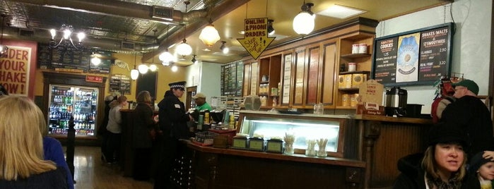 Potbelly Sandwich Shop is one of Where to Eat in Chicago's Pedway.