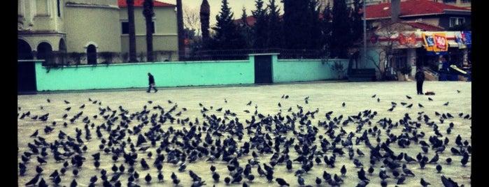 Bornova Cumhuriyet Meydanı is one of Veni Vidi Vici İzmir 1.