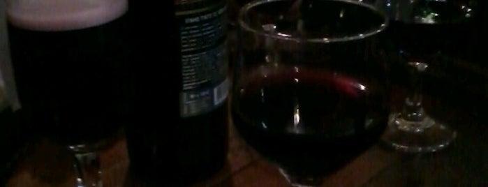 Cantina de Vinho da Pipa is one of GordaSafada..