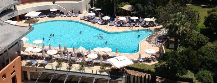 Swissôtel Büyük Efes, Izmir is one of 50 Best Swimming Pools in the World.