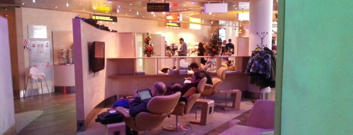 Business Class Classic Lounge is one of giove.
