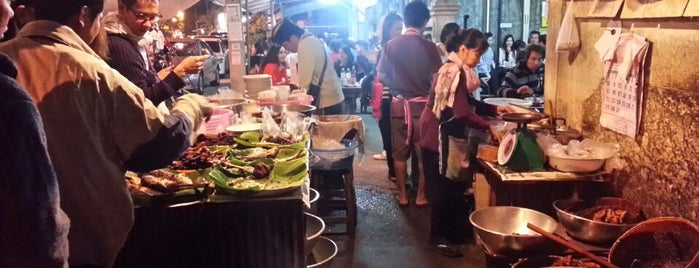 Midnight Fried Chicken is one of Greater Chiang Mai.