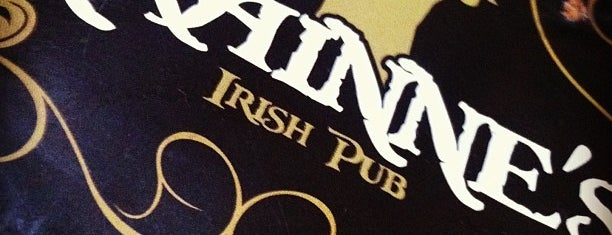 Grainne's Irish Pub is one of Favoritos da Ísis.