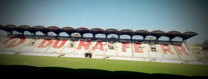 Dunaferr Stadion is one of Stadionok.