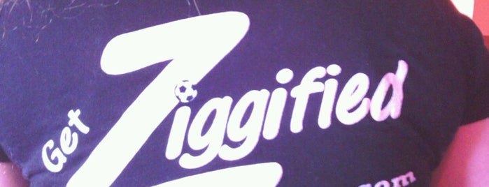 Ziggy's Pizza Restaurant And Sports Bar is one of Eateries.