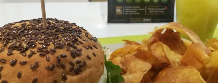 Vegana Burgers is one of Vegetarians / Vegans in Lisbon.