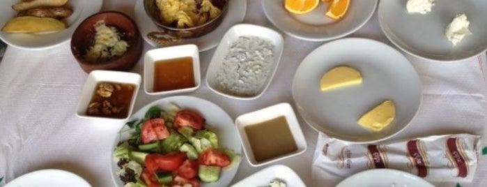 Çipa Saklı Bahçe is one of Cafelerin.
