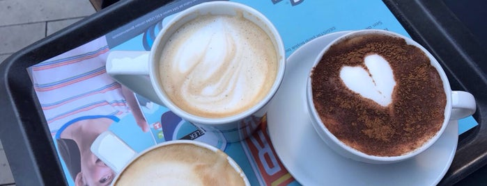 Caffé Nero is one of Lale Kart Buluşma Noktaları.