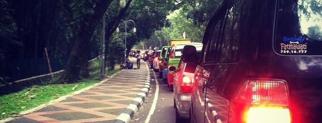 jembatan jalak harupat, sempur is one of Titik Macet di Kota Bogor.