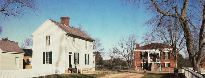 Appomattox Court House National Historical Park is one of National Parks.