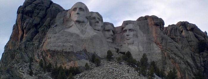 Mount Rushmore National Memorial is one of Dream Destinations.