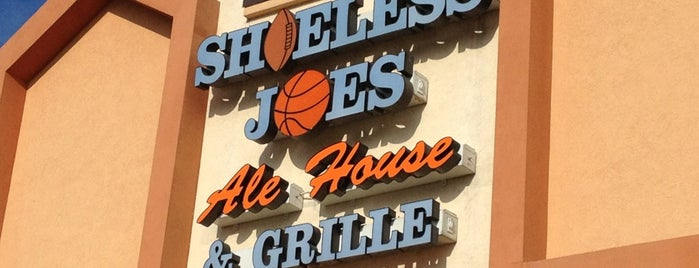 Shoeless Joe's Ale House & Grille is one of Official Blackhawks Bars.