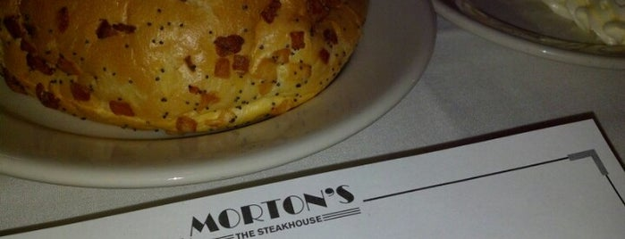 Morton's the Steakhouse is one of Must-visit Food in Los Angeles.