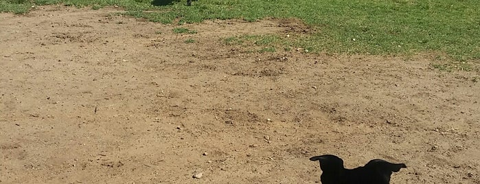 Conejo Creek Dog Park is one of For K9 friends in SFValley+.