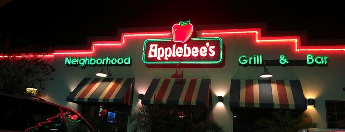 Applebee's is one of Lakeland.