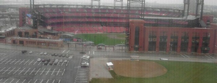 Hilton St. Louis at the Ballpark is one of DMI Hotels.
