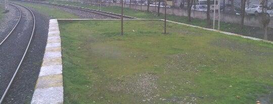 Kanarya Tren İstasyonu is one of Sirkeci - Halkalı Banliyö Tren Hattı.