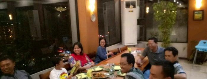 Ikan Bakar Cianjur is one of Guide to Semarang's best spots.