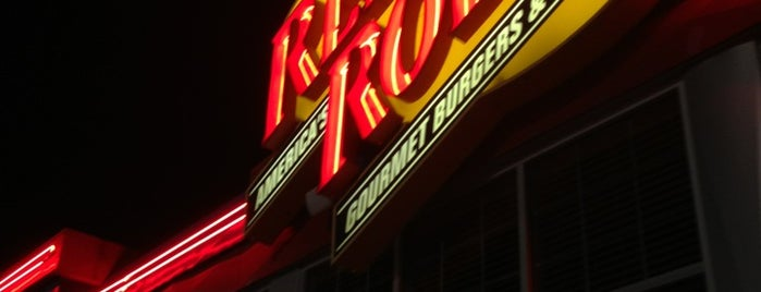Red Robin Gourmet Burgers is one of Fun Go-to-Spots.