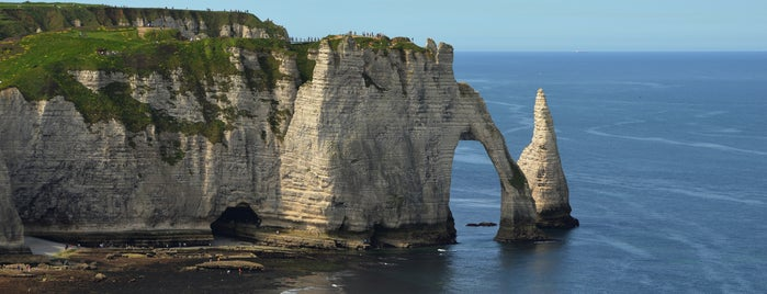 Étretat is one of Recommandations.
