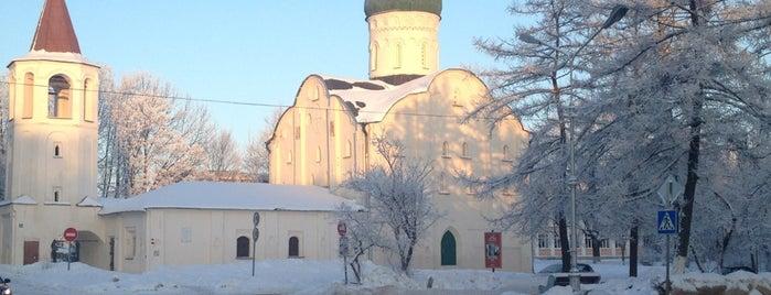 Церковь Федора Стратилата на Ручью is one of Великий Новгород.