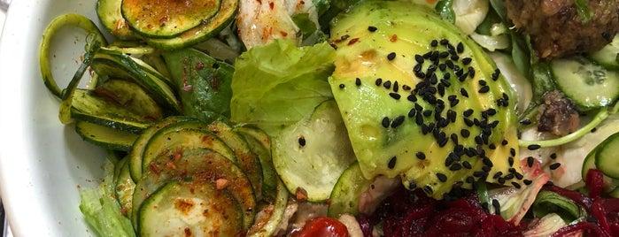 Yaya Raw Healthy Food is one of İzmir.