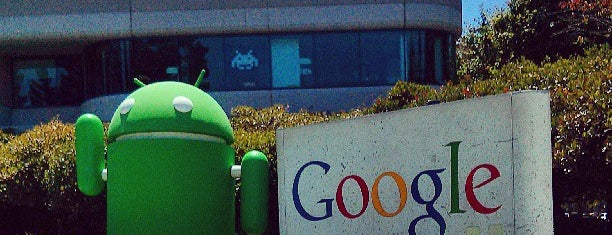 Android Lawn Statues is one of Bay Area / Tech.