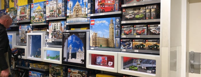 LEGO® Store is one of Paris.