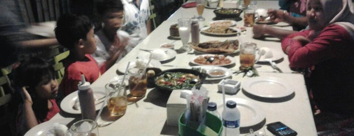 J-ex (Japos Exclusive) is one of Tempat makan OK'lah.