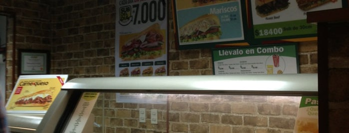 Subway Laureles is one of ¡Pa caer!.