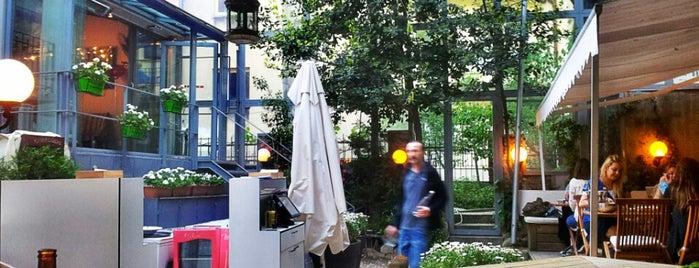 White Mill is one of İstanbul'da Yeme-İçme: theMagger Mekanları.