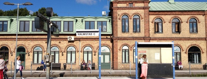 Halmstad Centralstation (J) is one of Tågstationer - Sverige.