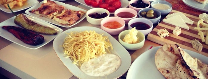 Florya Café & Restaurant is one of The 20 best value restaurants in Denizli, Türkiye.