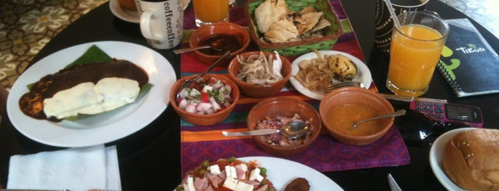 Tikua Sur Este is one of Comer en Querétaro.