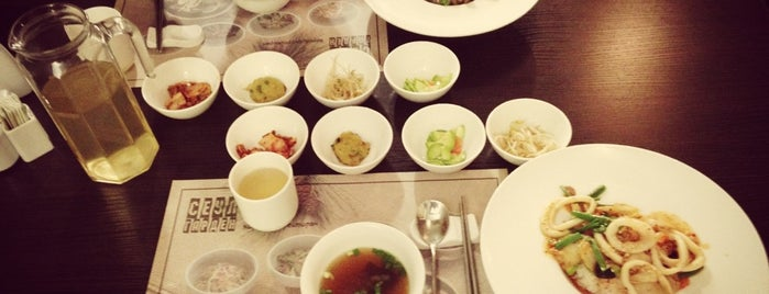 Seoul Garden is one of i want 2 eat 2.