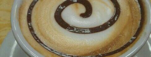Pis Pai Cafe is one of Cernusco sul Naviglio.