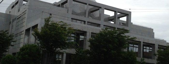 海老名市立中央図書館 is one of 海老名・綾瀬・座間・厚木.