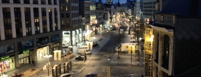 Meir is one of Antwerpen.