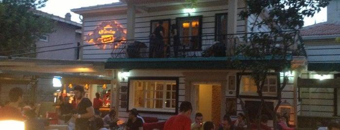 Winston House Lounge is one of Çeşme.