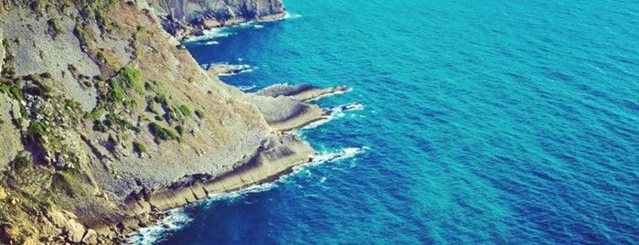Cabo Espichel is one of Faros.