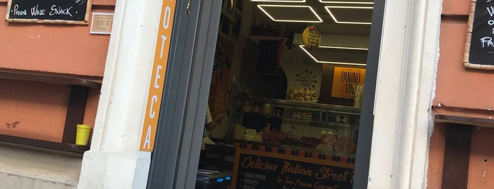 Panino Divino is one of Rome   Street Food out-of-street.